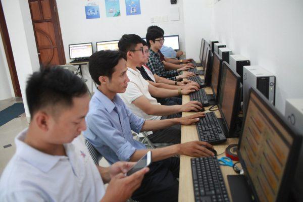 Trung tâm tin hoc Huế đào tạo vẽ kỹ thuật Autocad 2D 3D